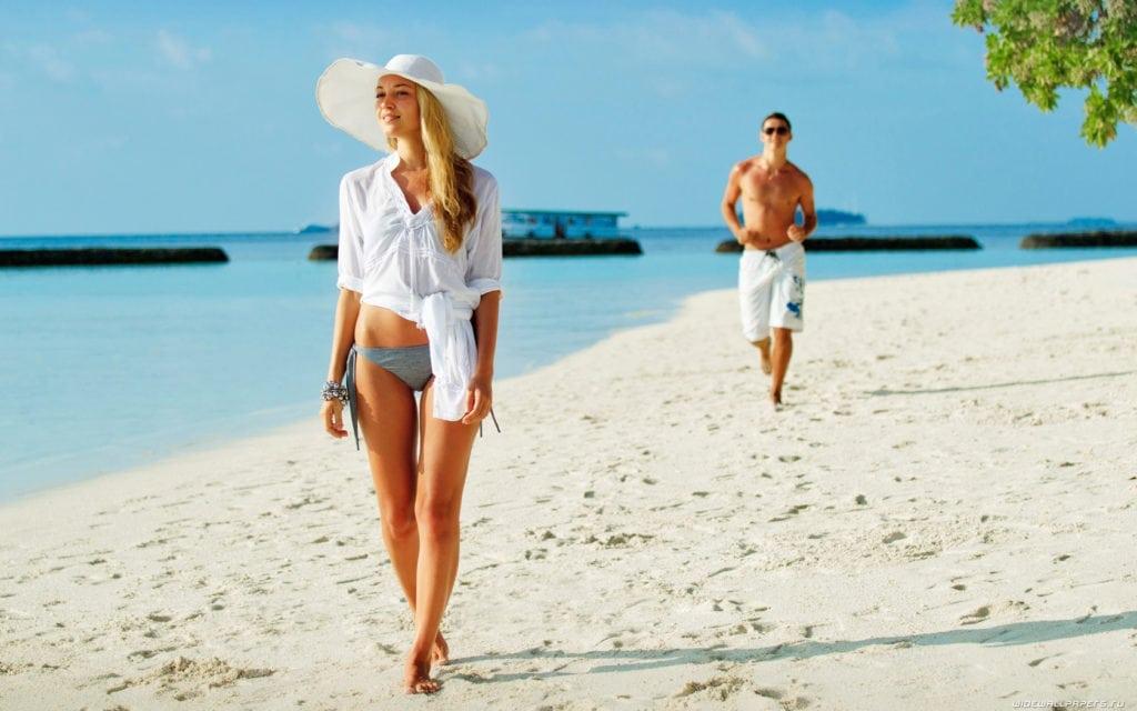 Зачем мужчины ходят на пляж?