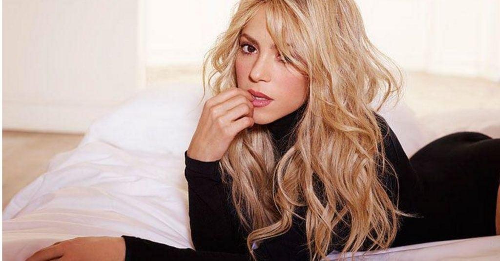 Шакира выглядит опасно сексуально в этих фотографиях