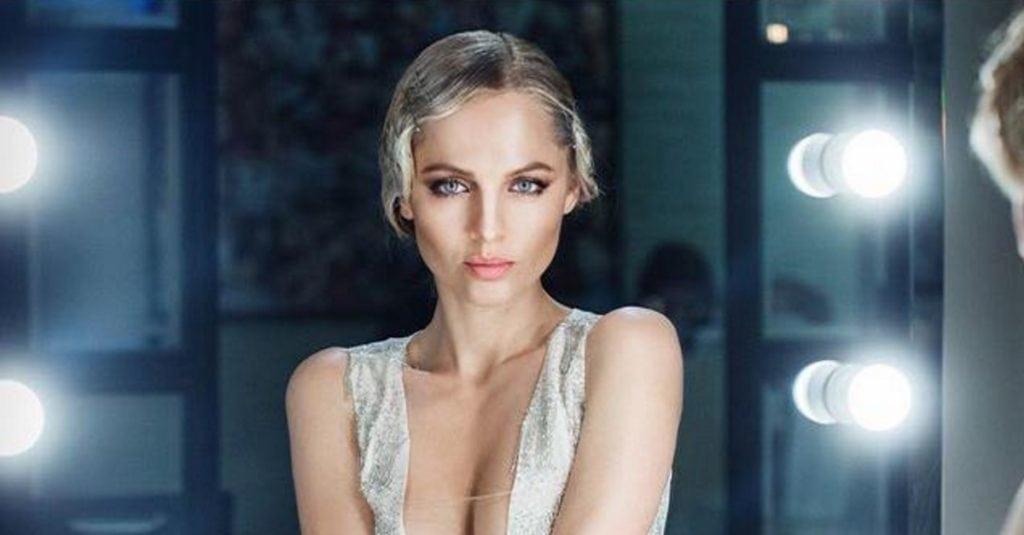 Эта сексуальная блондинка сведет тебя с ума — Янина Студилина — Девушка месяца