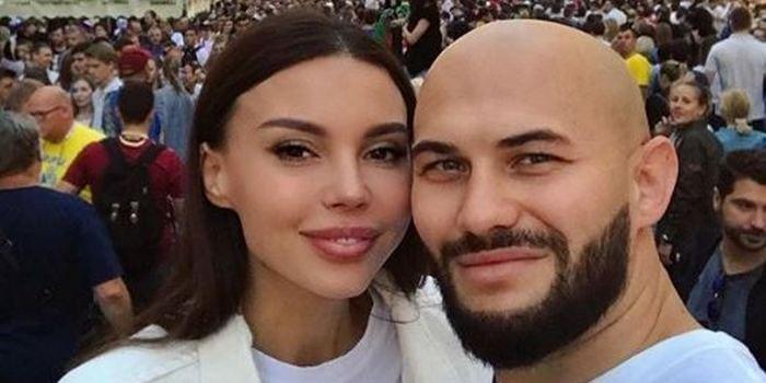 Оксана Самойлова сообщила о четвёртой беременности