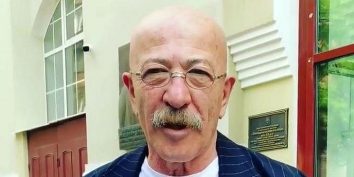 Александр Розенбаум лично прокомментировал свою онкологию