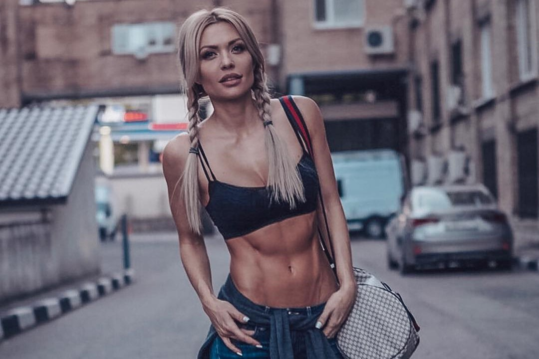 Знаменитая фитоняшка Екатерина Усманова