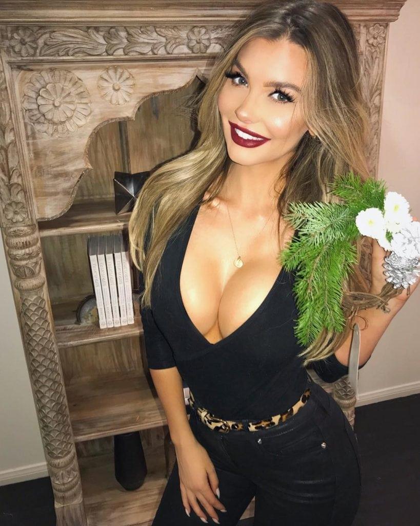 Эмили Сирс
