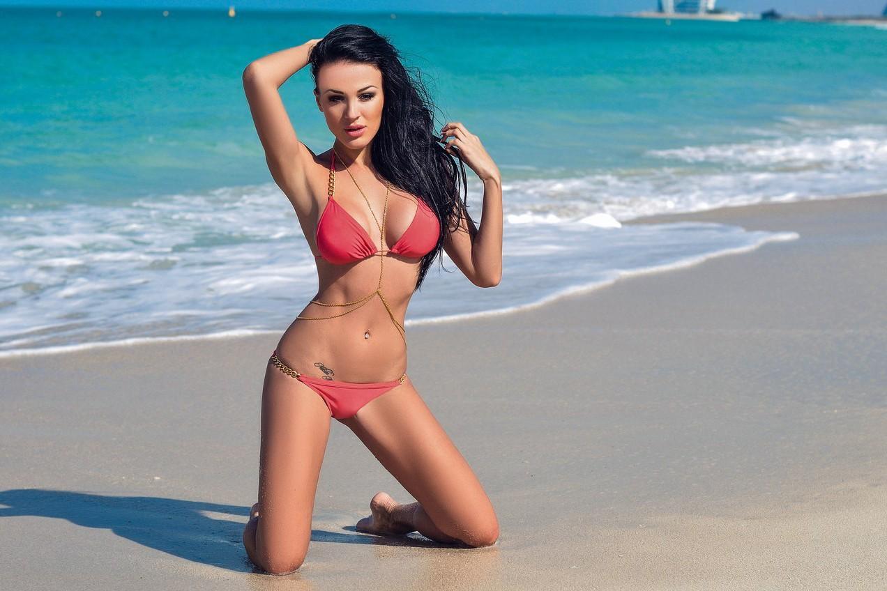Оксана Коновалова Жаркая фитнес-модель с шикарными формами