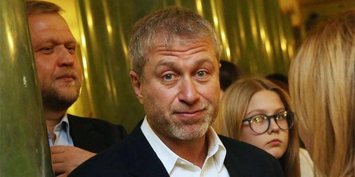 С кем теперь встречается Роман Абрамович: новые девушки олигарха
