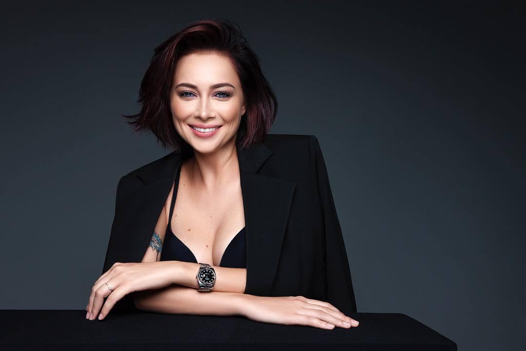 Самбурская ответила критикам, обвиняющих ее в бездетности