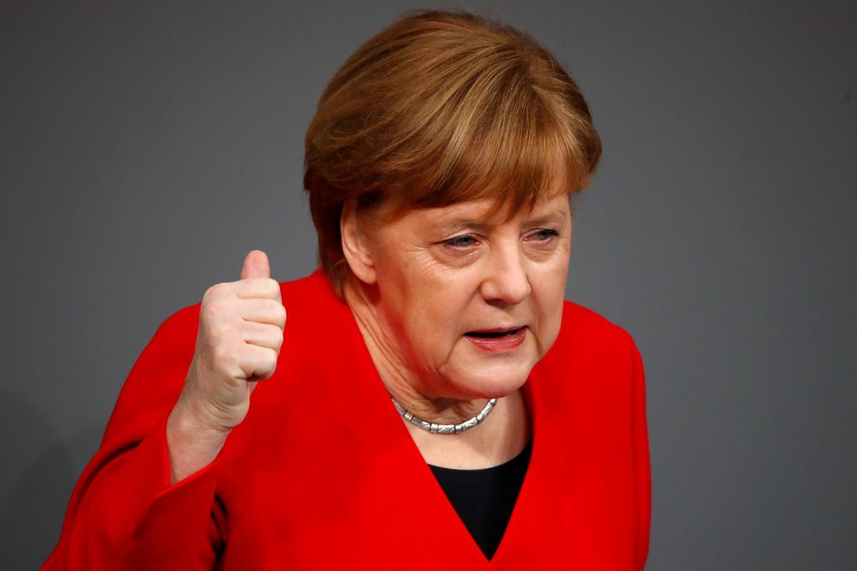 Есть вещи поважнее гардероба։ 50 оттенков… железной Ангелы Меркель