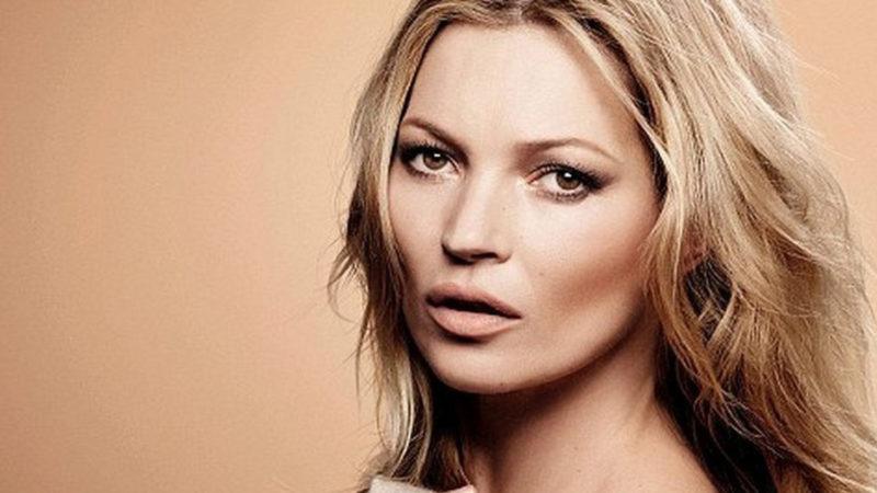 Возраст для Кейт Мосс — не помеха: модель снялась у модного фотографа